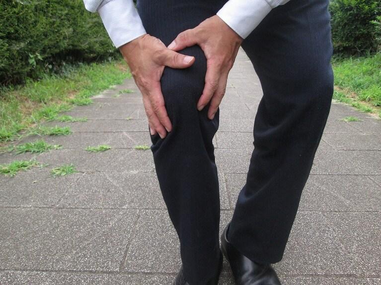 膝蓋下脂肪体炎とは