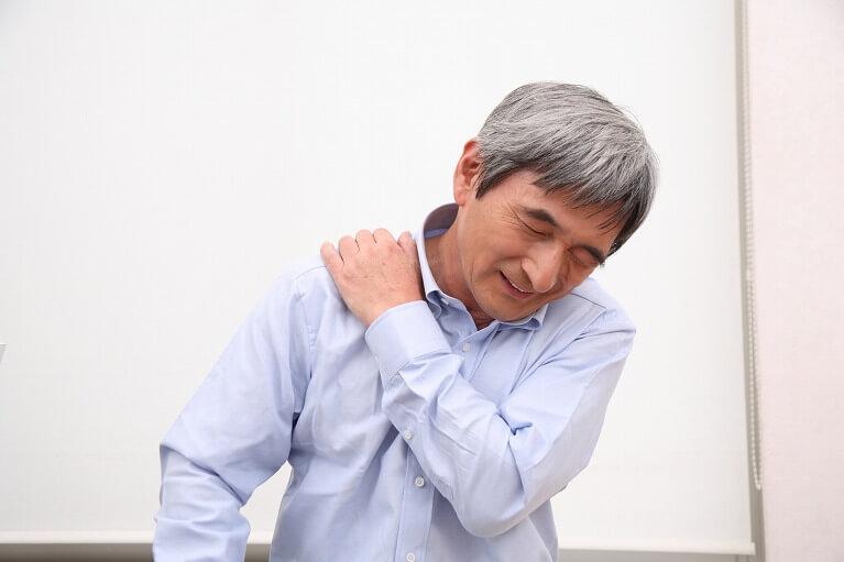 肩の痛み、ひどい肩こり